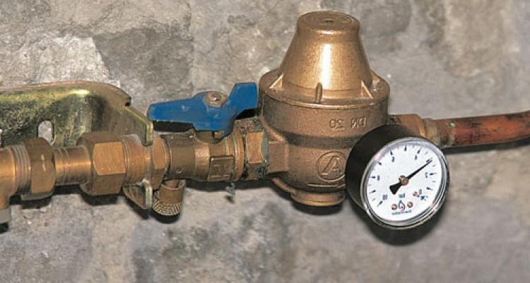 Problème de pression d'eau dans la maison