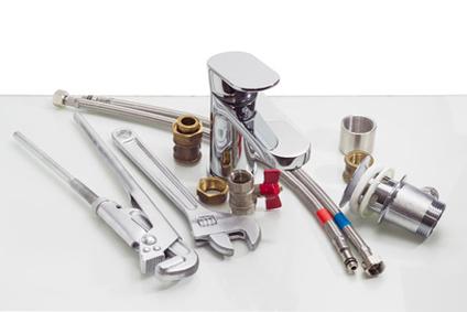 Les outils indispensables pour mettre en place la robinetterie